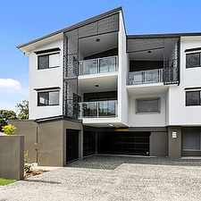 Rental info for Trendy unit close to all amenities in the Brisbane area