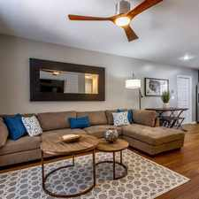 Rental info for $2400 2 bedroom Townhouse in Hillsborough (Tampa) Tampa in the Grey Gables area