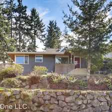 Rental info for 4919 SW Stevens St - Upper in the North Admiral area