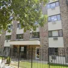Rental info for 625 West Wrightwood Avenue #102 in the Lincoln Park area