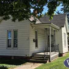 Rental info for 409 N Randolph St in the Macomb area