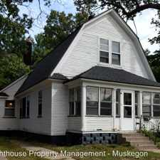 Rental info for 724 E Apple - #2 in the Muskegon area