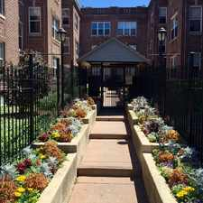 Rental info for 4929 North Kedzie Avenue #1W in the Chicago area