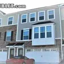 Rental info for $1950 4 bedroom Townhouse in Wake (Raleigh) Apex in the Cary area