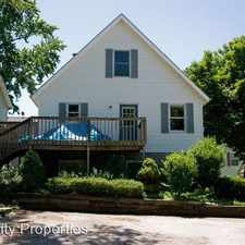 Rental info for 218 1/2 A East 19th Street in the Bloomington area