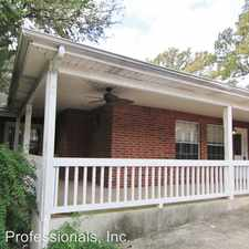 Rental info for 1200 Walnut Ave. #1 in the New Braunfels area