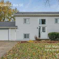 Rental info for 1935 Ridgewood Ave SE in the Grand Rapids area