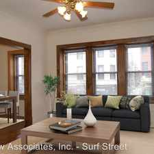 Rental info for 553 W Oakdale Ave in the Chicago area