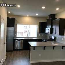 Rental info for $1645 2 bedroom Townhouse in Hillsboro in the Hillsboro area