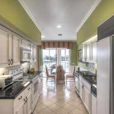 Rental info for Apartment In Prime Location. Parking Available! in the Jupiter area