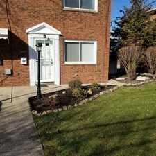 Rental info for $825 2 bedroom Townhouse in Cuyahoga County Brook Park in the Riverside area