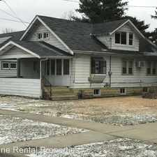 Rental info for 1223 Greenwood Ave in the Rockford area