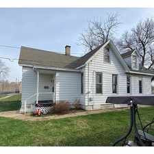 Rental info for 716 S Sumner Ave in the East Peoria area