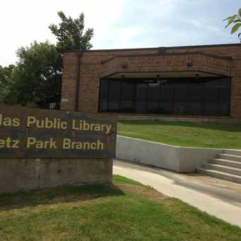Photo of Fretz Park Branch Library in Northwood Hills, Dallas