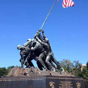 Photo of US Marine Corps War Memorial in Arlington National Cemetary, Arlington