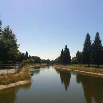 Photo of RUSH RIVER DR & GLORIA DR (SB) in Sacramento