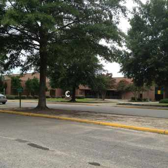 Photo of Frank W. Cox High School in Virginia Beach