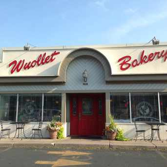 Photo of Wuollet Bakery in Fulton, Minneapolis