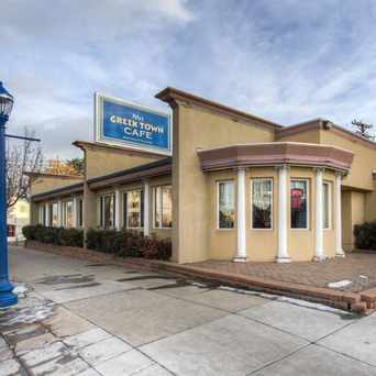 Photo of Pete's Greek Town Cafe in Congress Park, Denver