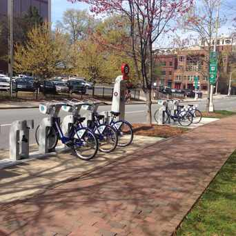 Photo of B-cycle: 6th & Pine in Fourth Ward, Charlotte