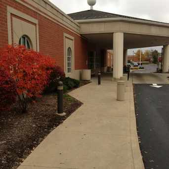 Photo of Strongsville Branch of Cuyahoga County Public Library in Strongsville