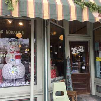 Photo of Apple Annie's Vintage Clothing in Ypsilanti