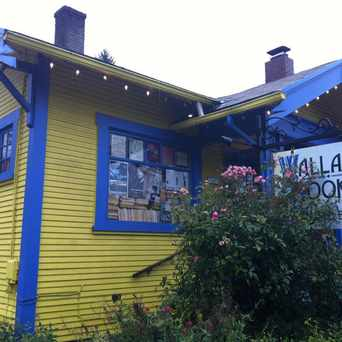 Photo of Wallace Books in Sellwood-Moreland, Portland