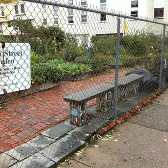 Photo of South Street Garden in Washington Square West, Philadelphia
