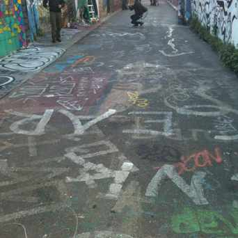 Photo of Clarion Alley in Mission District, San Francisco