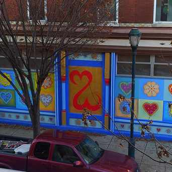 Photo of Open Hearts Mural in Rittenhouse Square, Philadelphia