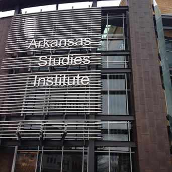 Photo of Central Arkansas Library System - University Of Arkansas At Little Rock in Little Rock