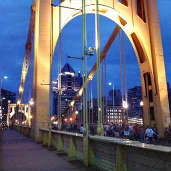 Photo of Roberto Clemente Bridge in Pittsburgh