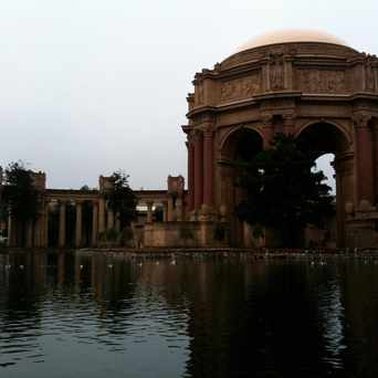 Photo of Palace of Fine Arts Park in Marina District, San Francisco