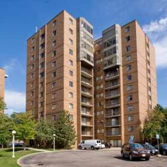 Photo of Triangle Apartments in University, Cleveland