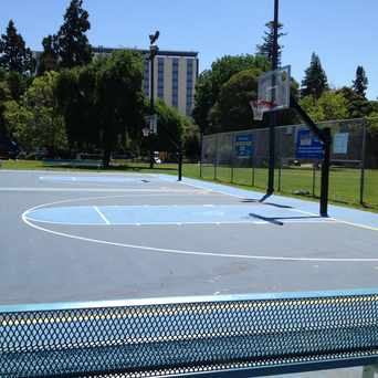 Photo of Mosswood Basketball Court in Mosswood, Oakland