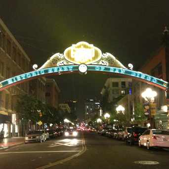 Photo of Fifth Avenue at L Street in Gaslamp, San Diego