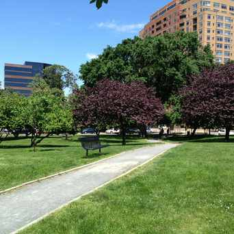 Photo of Oakland Park in Ballston - Virginia Square, Arlington