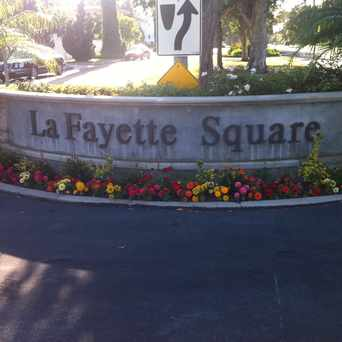 Photo of LaFaytte Square in Mid City, Los Angeles