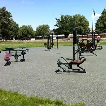 Photo of Memorial Drive Outdoor Gym in Cambridgeport, Cambridge