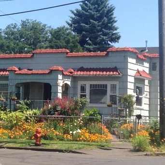 Photo of NE Fremont & 69th in Roseway, Portland