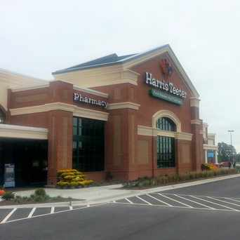 Photo of Harris Teeter in Ashburn