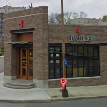 Photo of Avenue Bank- West End Branch in Nashville-Davidson