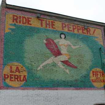 Photo of La Perla mural in Juneau Town, Milwaukee