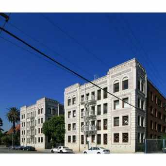 Photo of 2121 James M Wood Blvd in MacArthur Park, Los Angeles
