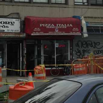 Photo of Pizza Italia in Parkchester, New York