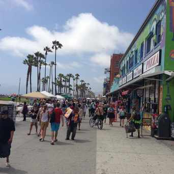 Photo of Venice boardwalk in Los Angeles