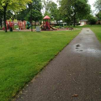 Photo of Arlington Greens Park in Arlington Heights
