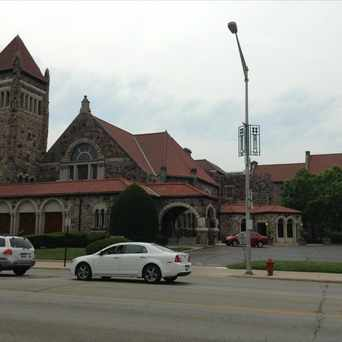 Photo of Mission Calvary Church in Oak Park