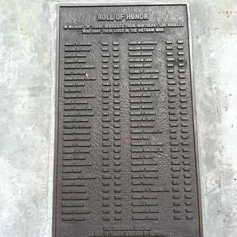 Photo of Veterans Memorial Square in Highland Park, Los Angeles