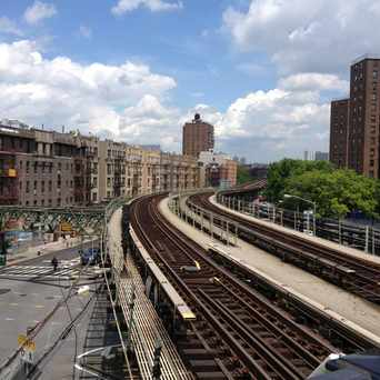 Photo of Dyckman Train Station in Washington Heights, New York